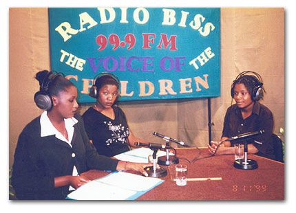 Some of the cast of the play Radio BISS by Nancy in action