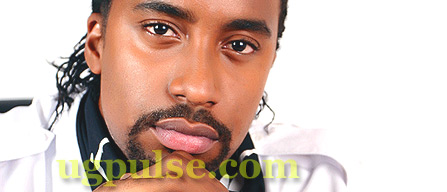 Navio Gets Raw